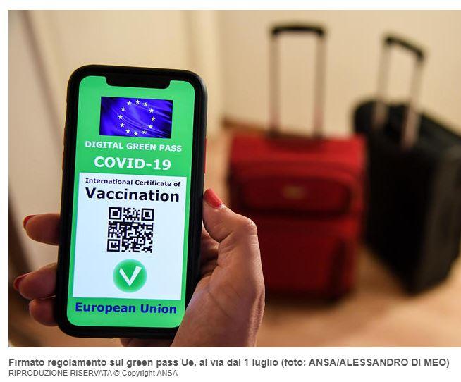 Green Pass: come funziona la nuova certificazione per viaggiare